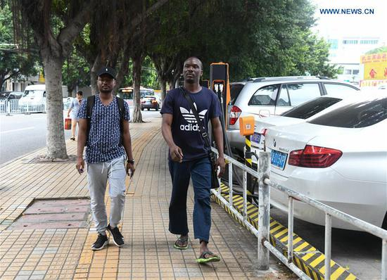 Daily life of young African living in China's Guangzhou