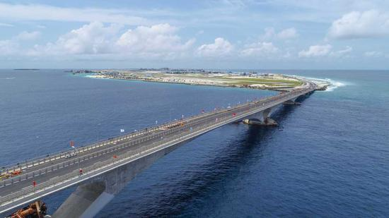 The China-Maldives Friendship Bridge, a landmark for the 21st Century Maritime Silk Road under the Belt and Road Initiative, is opened on Thursday in Maldives. It connects Male with the airport island of Hulhule. (Photo by Wang Mingliang/Xinhua)