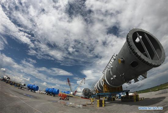 Photo taken on Aug. 30, 2018 shows a major equipment to be installed in Chinese company Yuhuang's methanol plant in St. James Parish, the United States.  (Xinhua/Zhang Mocheng)