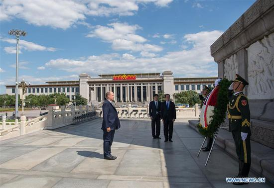 Prince Albert II, head of state of the Principality of Monaco, lays a wreath at the Monument to the People's Heroes at the Tian'anmen Square in Beijing, capital of China, Sept. 7, 2018. (Xinhua/Zhai Jianlan)