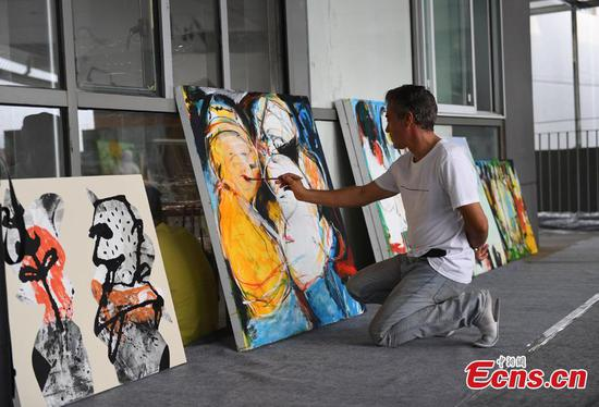 11 Arabian artists tour Hangzhou
