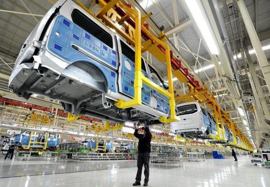 Belarusian-Chinese car maker BelGee expects to expand into new markets by 2020