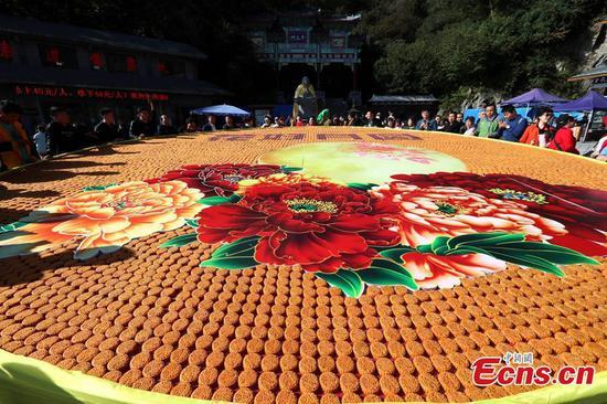 9,999个月饼表达了中秋佳节的祝福