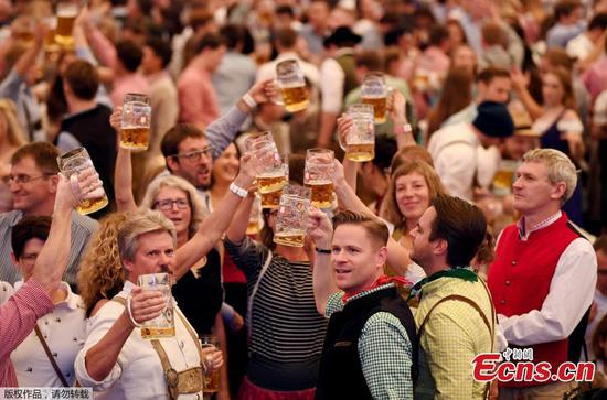 Annual Oktoberfest kicks off in Munich
