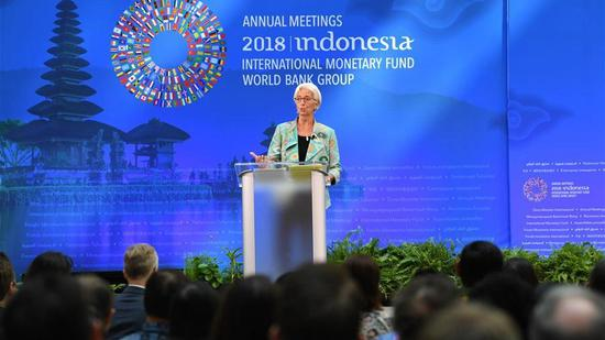 IMF chief calls for de-escalating trade disputes amid dimming global growth outlook