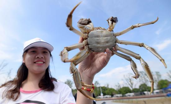 Technology delivers fresh, delicious crabs