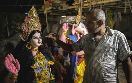 Nepal prepares for Dashain festival