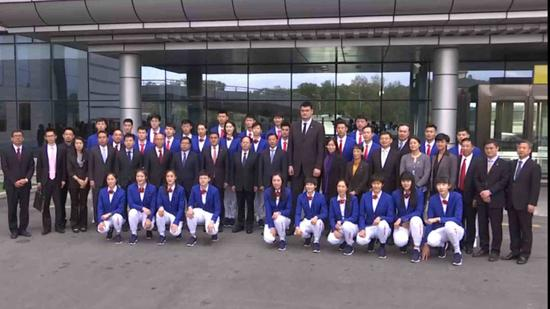 Chinese sports delegation arrives in Pyongyang