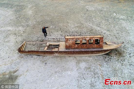 Drought in Lake Van exposes sunken boat