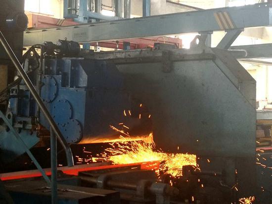 Workshop inside the plant of Tiangong International./CGTN Photo
