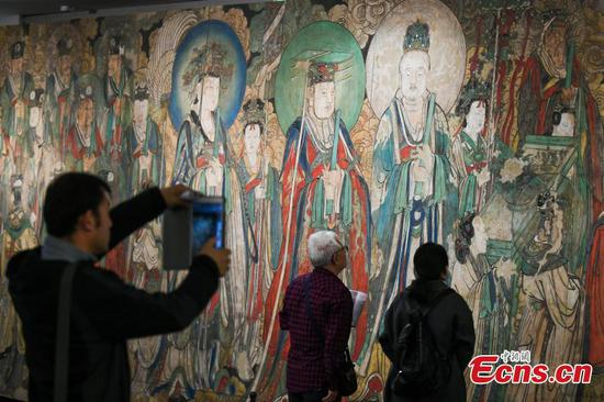 Replica of famous murals meets visitors