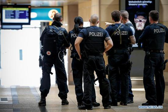 Hostage safely freed at Cologne station incident
