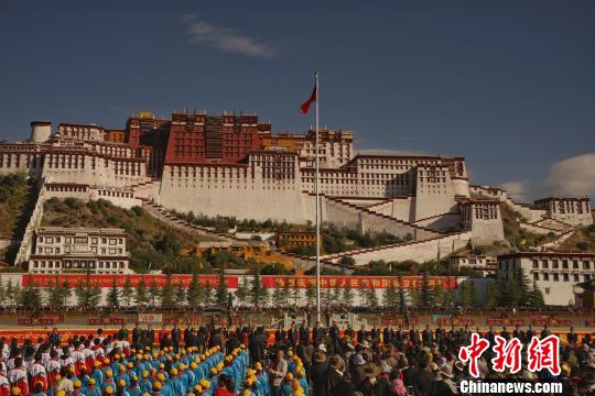 Potala Palace denies rumors of sinking and closure