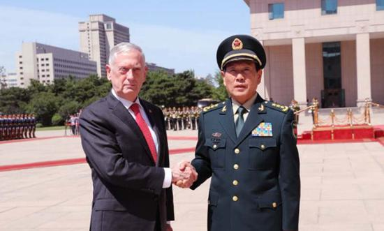 Chinese defense minister calls for China-U.S. dialogues