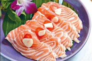 Deal to bring Norway salmon to more diners