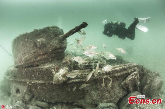 Photos show sunken British tanks key to winning D-Day