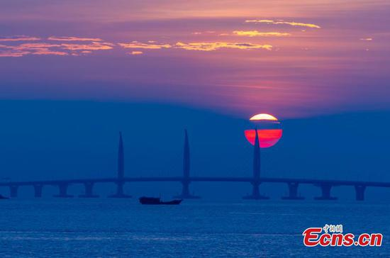 Amazing view of Hong Kong-Zhuhai-Macao Bridge