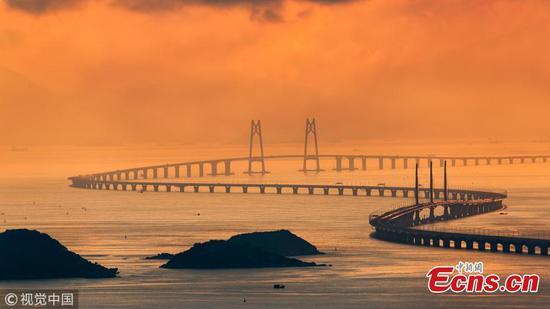 图中港珠澳大桥的魅力