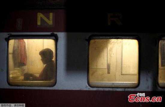 Zimbabwe's slowed railway to be recapitalized