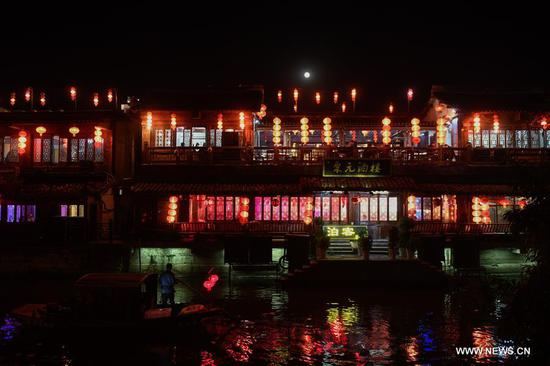Night view of Xitang ancient town in China's Zhejiang