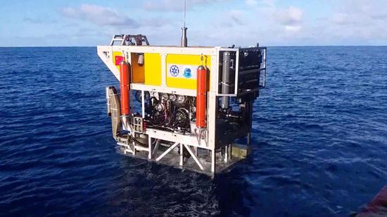 Chinese 'Starfish' deep-sea robot dives 6000m under water, lifts 400kg rocks