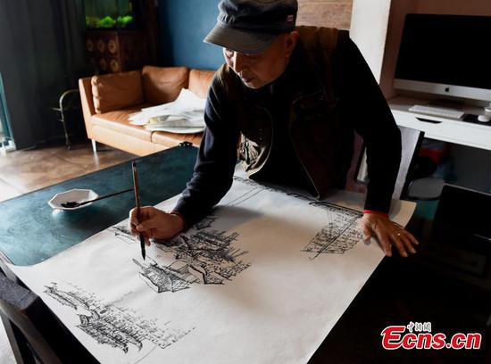 Retiree paints Chongqing skyline from memory