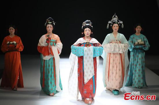 In photos: Moments from China Fashion Week in Beijing