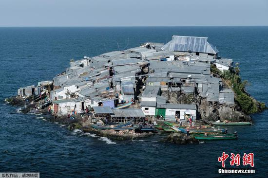 Migingo: world's most densely populated island
