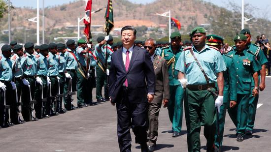 President Xi attends welcome ceremony hosted by PNG governor-general