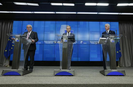 European Commission President Jean-Claude Juncker, President of the European Council Donald Tusk and the European Union's (EU) chief negotiator Michel Barnier (from L to R) attend a press conference at the end of a special Brexit summit in Brussels, Belgium, Nov. 25, 2018. (Xinhua/Ye Pingfan)