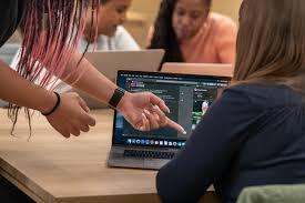 Apple steps up support for women entrepreneurs with new app development program