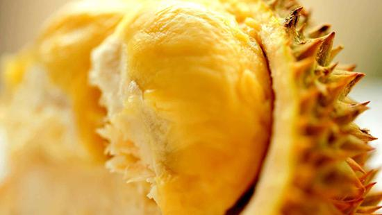 Malaysia smells success in China's growing durian market