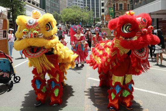 Chinese culture on display in NZ Christmas parade