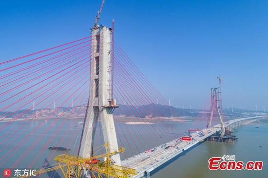 Closure of main project of Poyang Lake No. 2 Bridge completed in Jiangxi