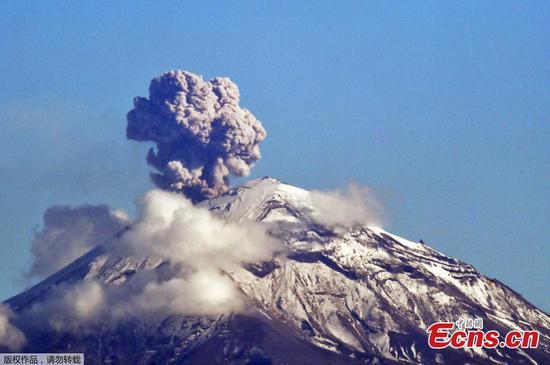 Popocatepetl火山的活动:墨西哥报道了火山灰
