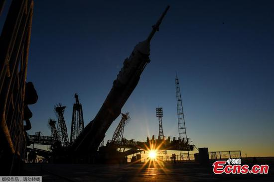 Soyuz rocket to launch spaceflyers to space station