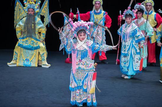 第八届中国戏曲节在巴黎举行