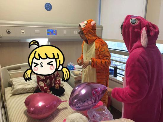 三岁的中国女孩战胜了乳腺癌