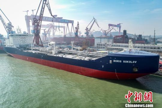 The LNG tanker Boris Sokolov on Tuesday, December 4, 2018 in Guangzhou. (Photo/China News Service)