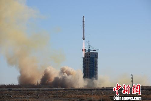 China launches two satellites for Saudi Arabia on a Long March-2D rocket from the Jiuquan Satellite Launch Center in northwest China at 12:12 p.m., Dec. 7, 2018. (Photo/China News Service)