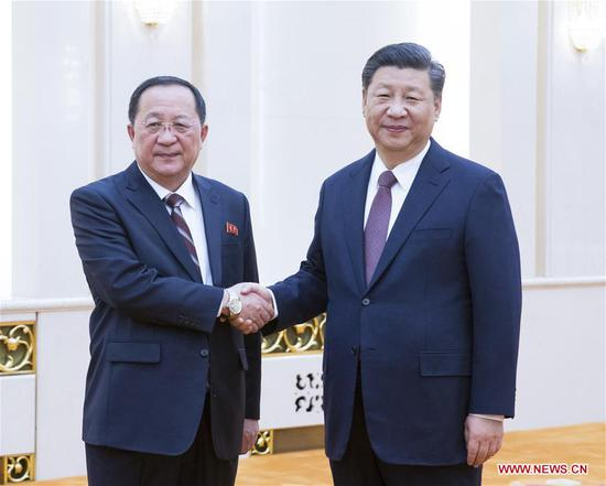 Chinese President Xi Jinping (R) meets with Foreign Minister Ri Yong Ho of the Democratic People's Republic of Korea (DPRK) in Beijing, capital of China, Dec. 7, 2018. (Xinhua/Yao Dawei)