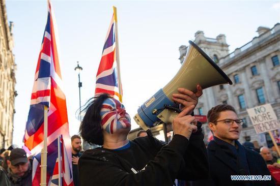 唐宁街否认报道关键议会对英国退欧协议的投票拖延
