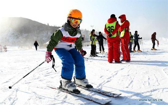 人们喜欢在中国滑雪