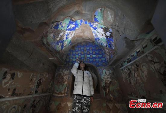 University shows overseas murals from Kizil Caves