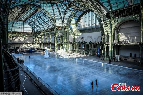 Giant ice skating rink opens at Grand Palais