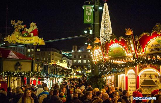 Christmas markets make Hamburg famous winter tourist city in Germany