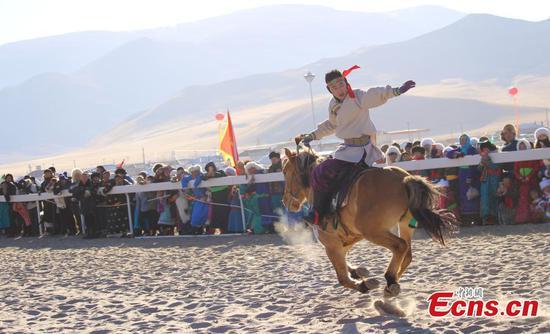 Naadam fair opens in Inner Mongolia