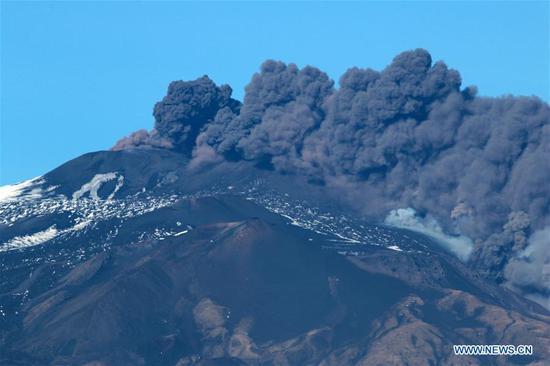 Photo taken on Dec. 24, 2018 shows the Mount Etna volcano during the eruption in Catania, Sicily, Italy. (Xinhua/Davide Anastasi)