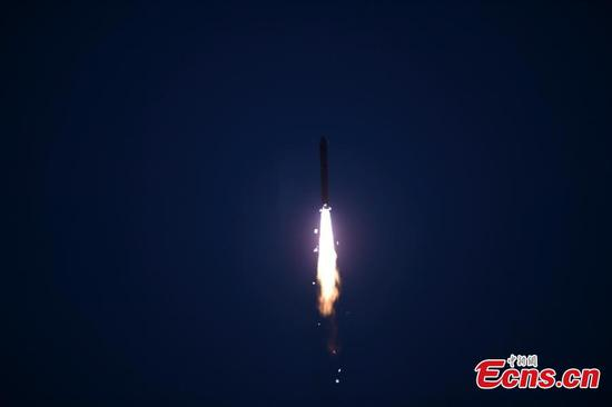 China sent Shiyan 6 satellite into space on a Long March 2D carrier rocket from Jiuquan Satellite Launch Center in Gansu province at 7:40 am on Tuesday, along with four micro satellites. (Photo: China News Service/ Wang Jiangbo)