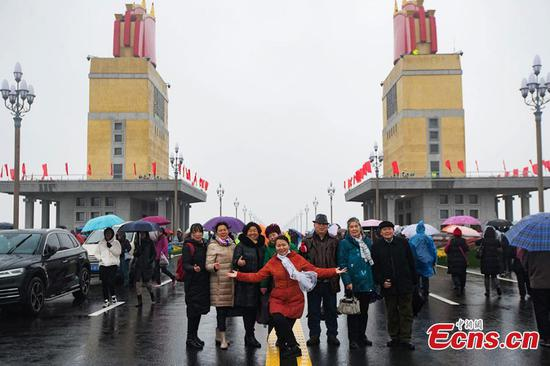 Nanjing Yangtze River Bridge reopened after renovation